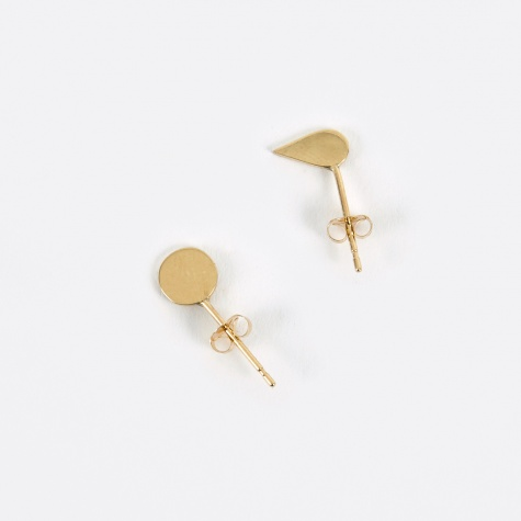 Stud Earrings - 18K Gold