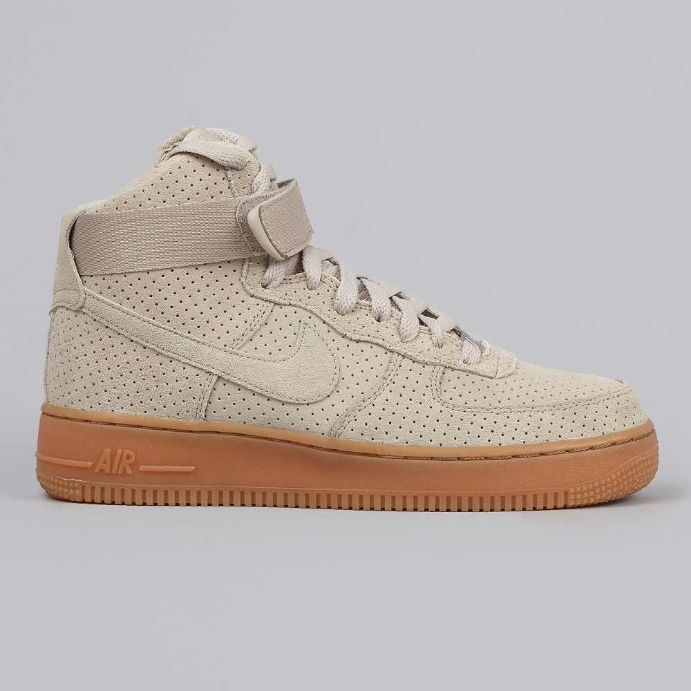 nike air force 1 montante femme nike air force one supreme. Black Bedroom Furniture Sets. Home Design Ideas