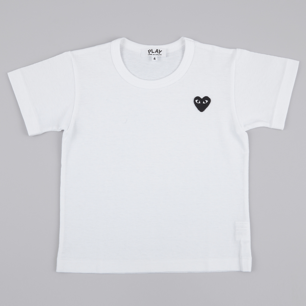 comme des garcons play kids t shirt white black heart. Black Bedroom Furniture Sets. Home Design Ideas