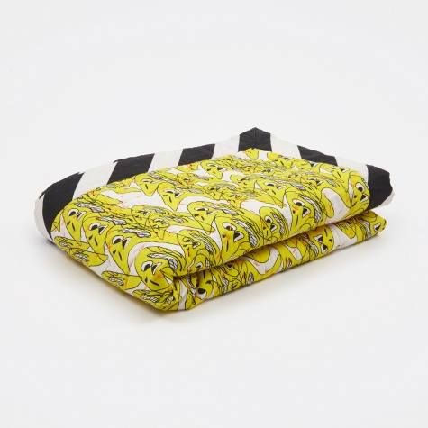 Wrong for Hay Smileys Quilt 140x200cm - Yellow