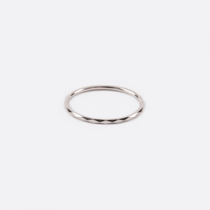 Lucy Folk Promise Ring B - 10K White Gold (Image 1)