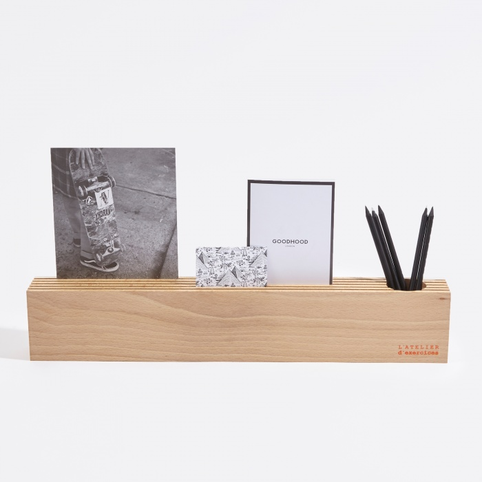 L'Atelier D'exercices Wood Block Card-Holder (Image 1)