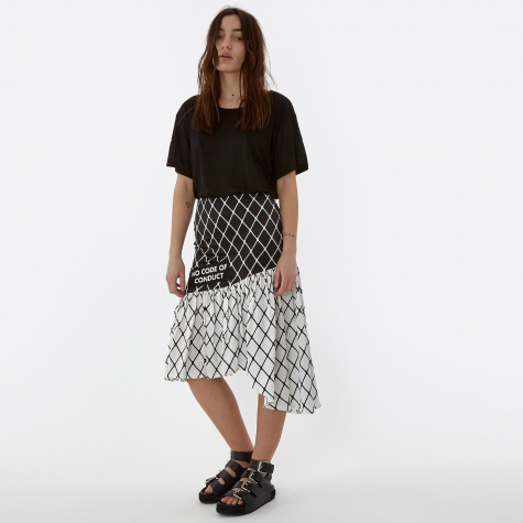 Fishnet Flow Skirt - Black/White