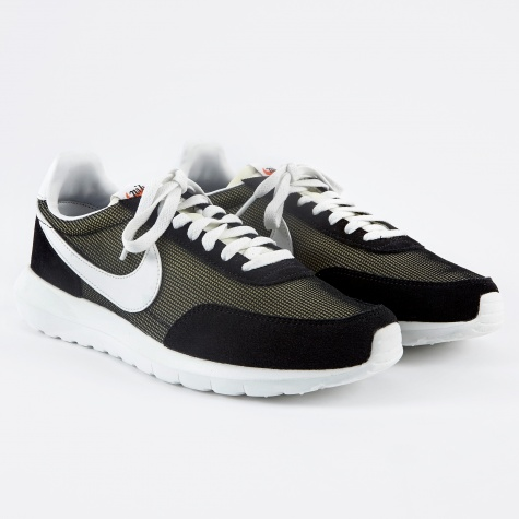 Roshe Daybreak NM - Black/Summit White