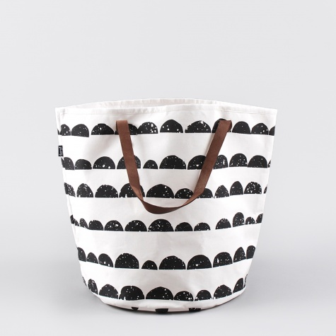 Half Moon Basket - Black/White