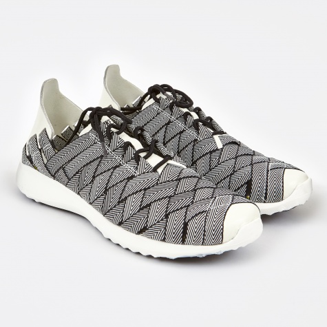 Juvenate Woven - Black/Sail-White