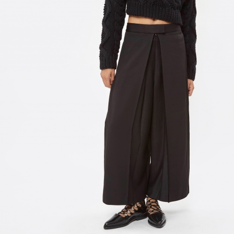 Pant With Pleat Front - Black (#P3640174BC)