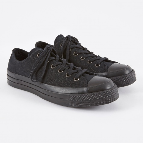 1970s Chuck Taylor All Star Ox - Black/Black