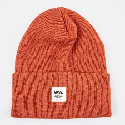 Gerald Tall Beanie - Gold Flame