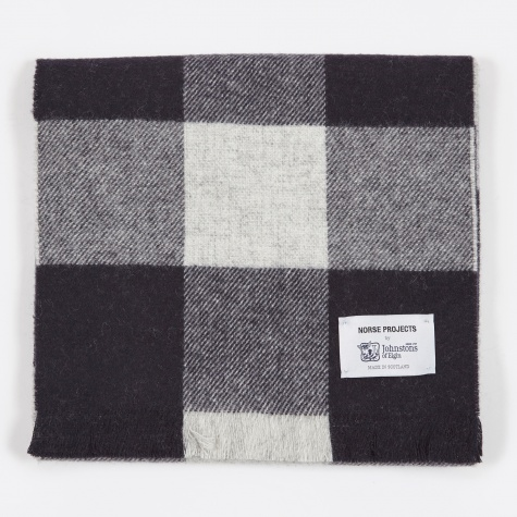 x Johnstons Check Scarf - Navy Check