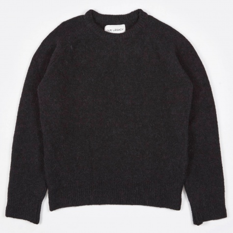Roundneck - Black Needled