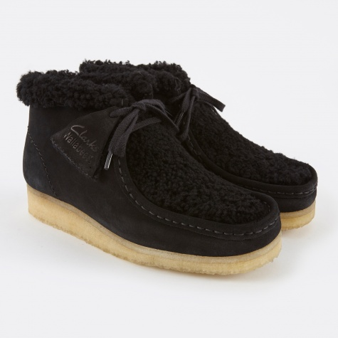 Clarks Wallabee Boot - Black Suede Warm Lined