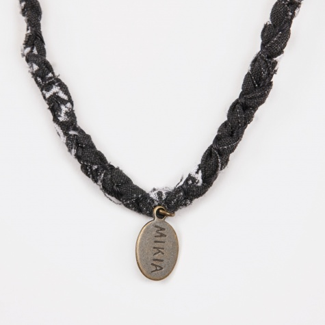 Tradebeads/Bandana Necklace - Black