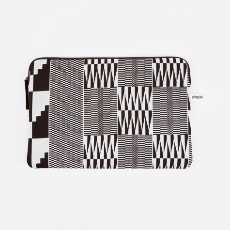 "Zip Case for Macbook 13"" - Wax Black"