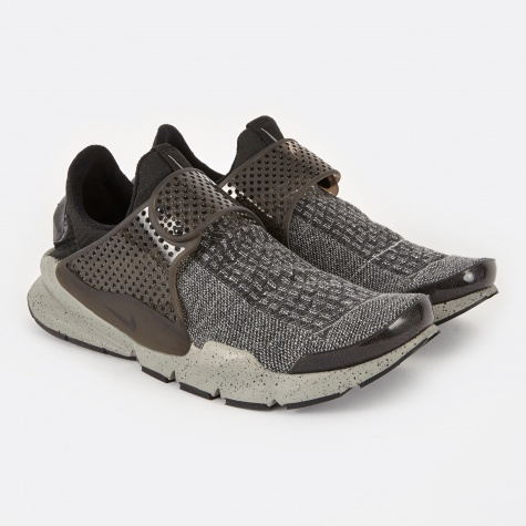Sock Dart SE Premium Shoe - Black/White