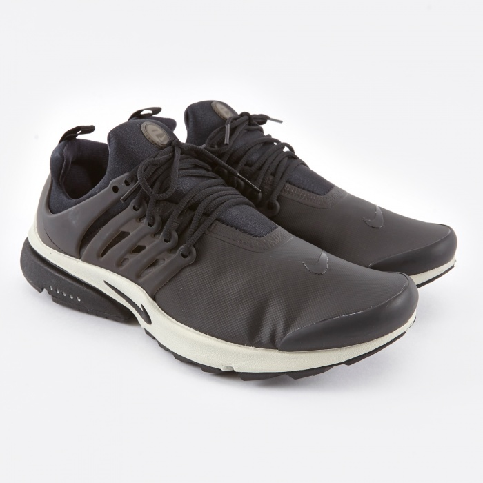 Nike Air Presto Low - Utility Black/Black/Light Bone (Image 1)