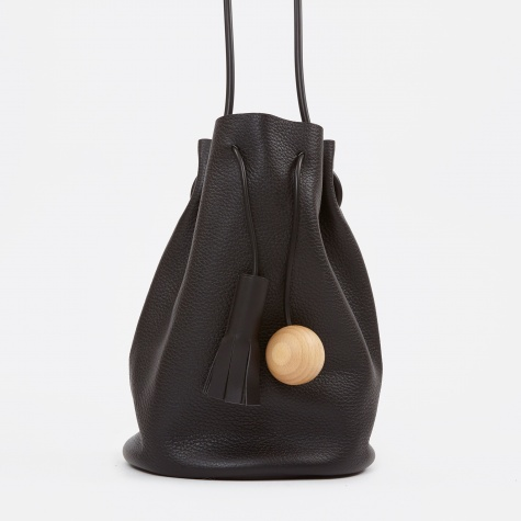 Bucket Pebbled Bag - Black
