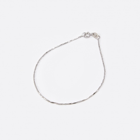 Grovel Bracelet - 10K White Gold