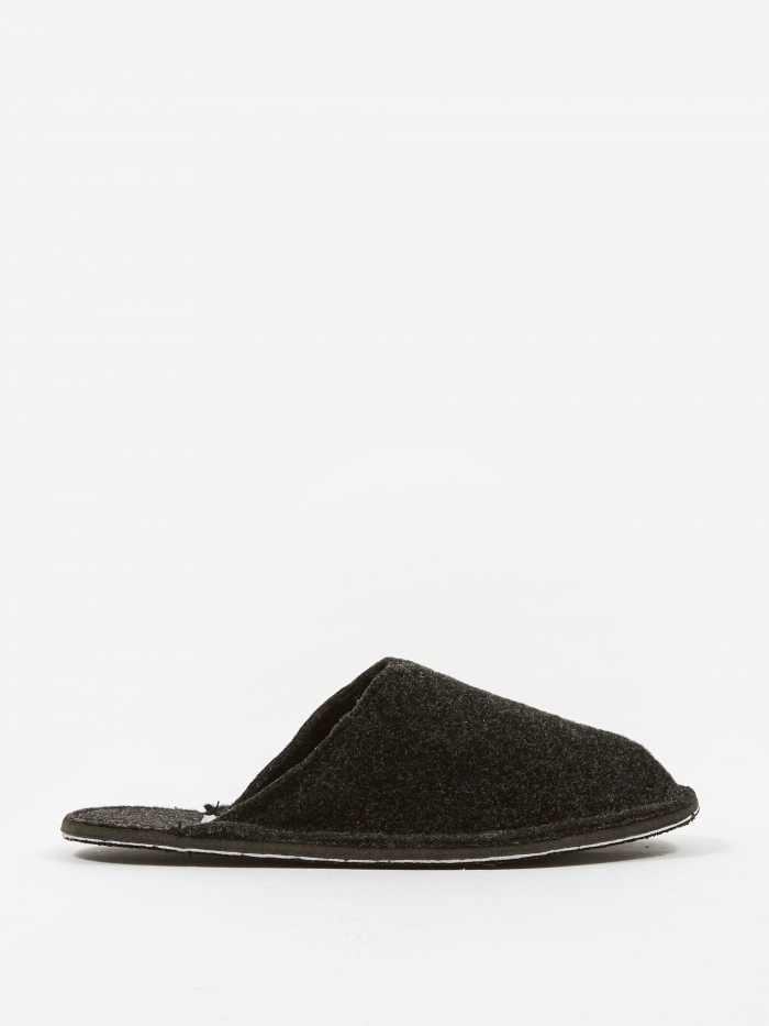 Puebco Dark Grey Wool Slipper - Small (Image 1)