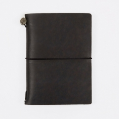 Midori Travelers Notebook Passport - Black