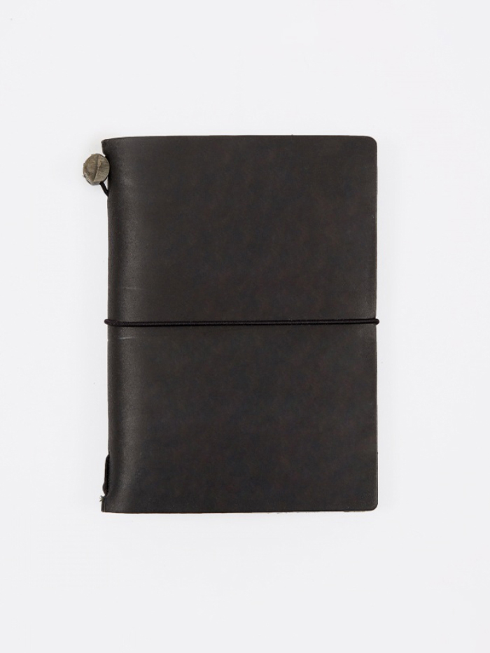 Midori Travelers Notebook Passport - Black (Image 1)