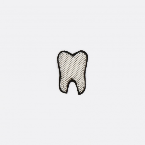 Silver Teeth Embroidered Pin