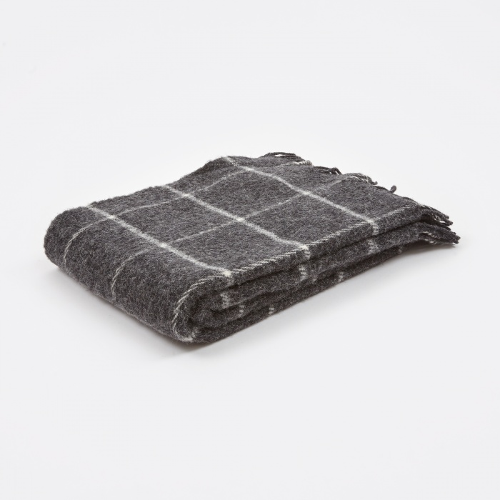 Klippan Vinga Throw 130x200cm - Dark Grey (Image 1)