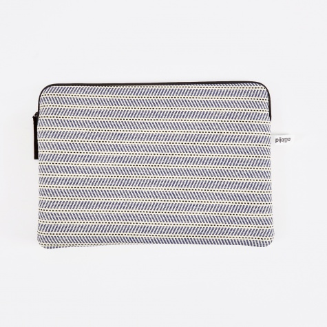 "Zip Case for Macbook 13"" - Espadrillas"