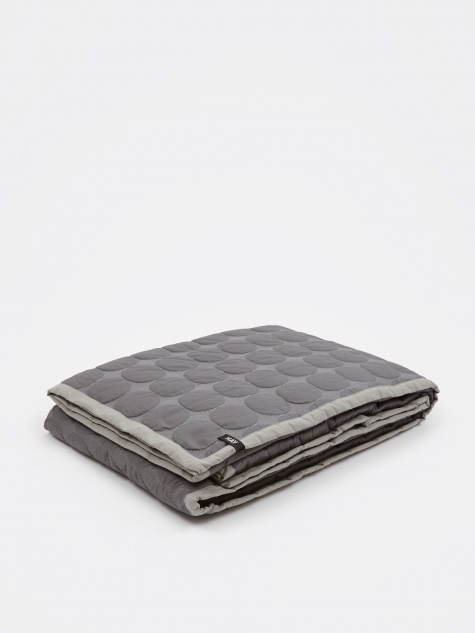 Mega Dot Quilt 245x195cm - Dark Grey