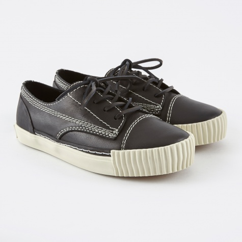 Perry Low Sneaker - Black