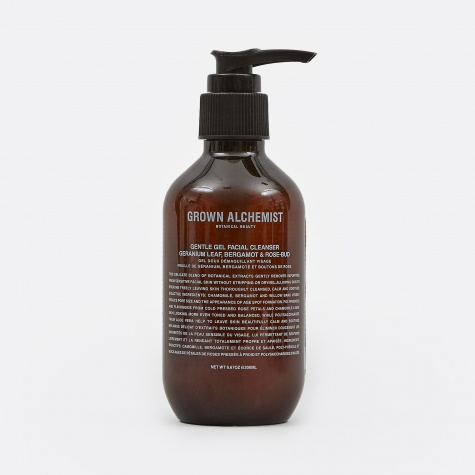 Gentle Gel Cleanser: Geranium Leaf, Bergamot & R