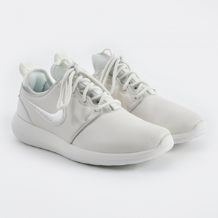 Nike Roshe Run Two SI Shoe - Summit White/Summit White-Blue (Image 1)