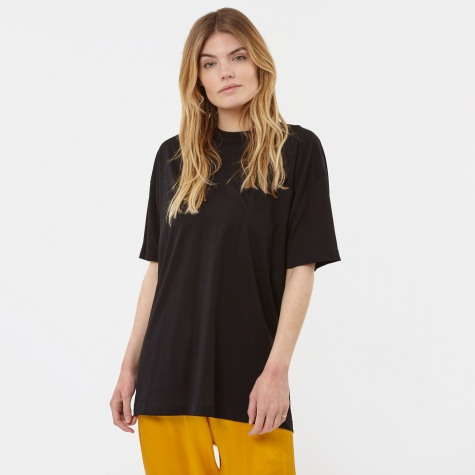 Unisex Pocket T-Shirt - Caviar