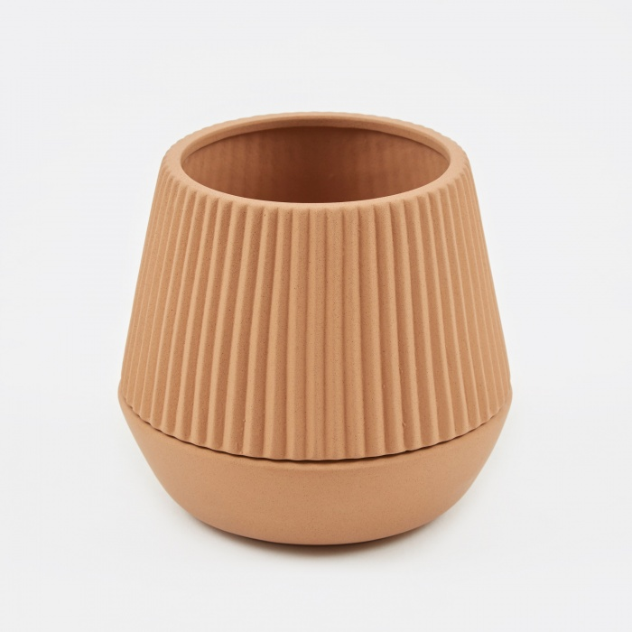 Umbra Shift Pleated Planter - Earthenware (Image 1)