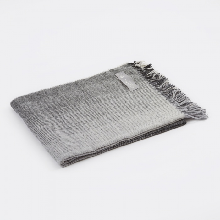 Elvang Horizon Throw - Grey (Image 1)