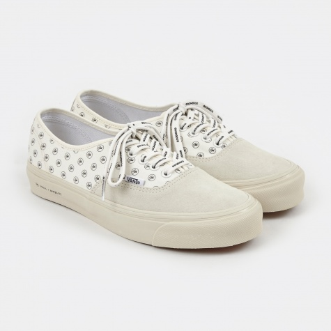 Vault x Goodhood UA OG Authentic LX - Classic White/Classic