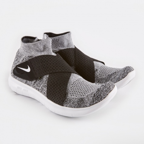 Free RN Motion Flyknit - Black White/Wolf Grey