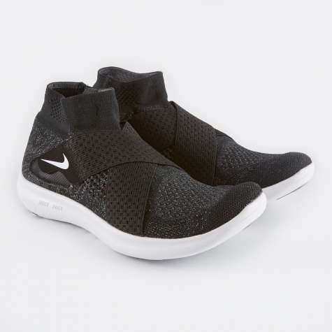 Free RN Motion Flyknit - Black