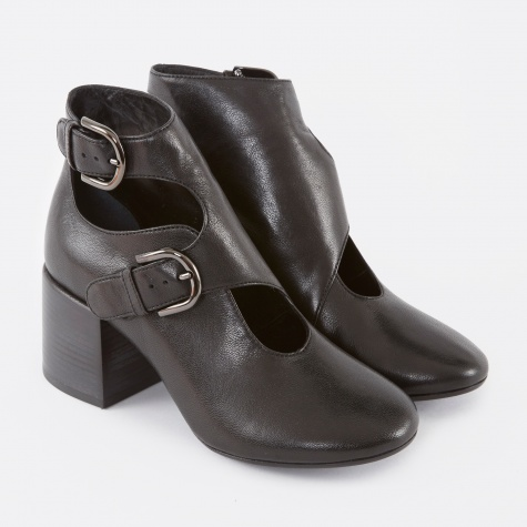 MM6 Leather Buckle Ankle Boot - Black