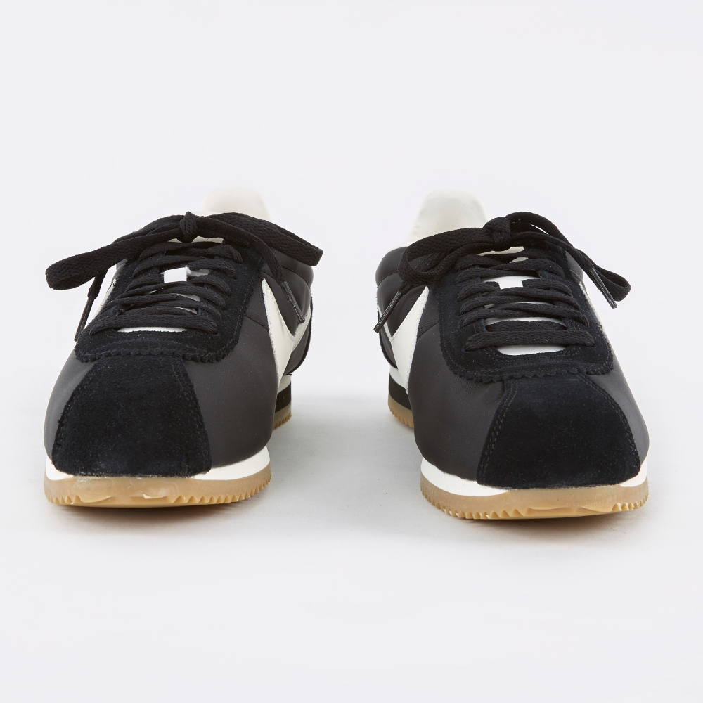 low priced 68d23 0159e nike cortez black sail