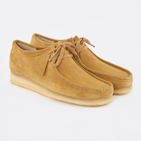 Clarks Wallabee Shoe - Dark Ochre Suede