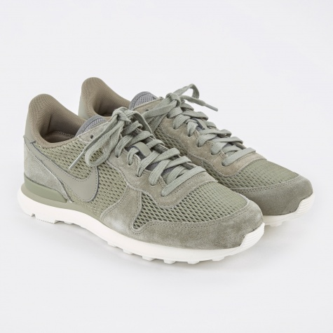 Internationalist Premium Shoe - Dark Stucco