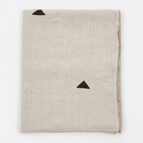 "Hannah Black Triangles Classic Throw - 74""x56"""