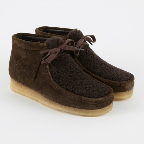 Clarks Wallabee Boot - Peat Suede