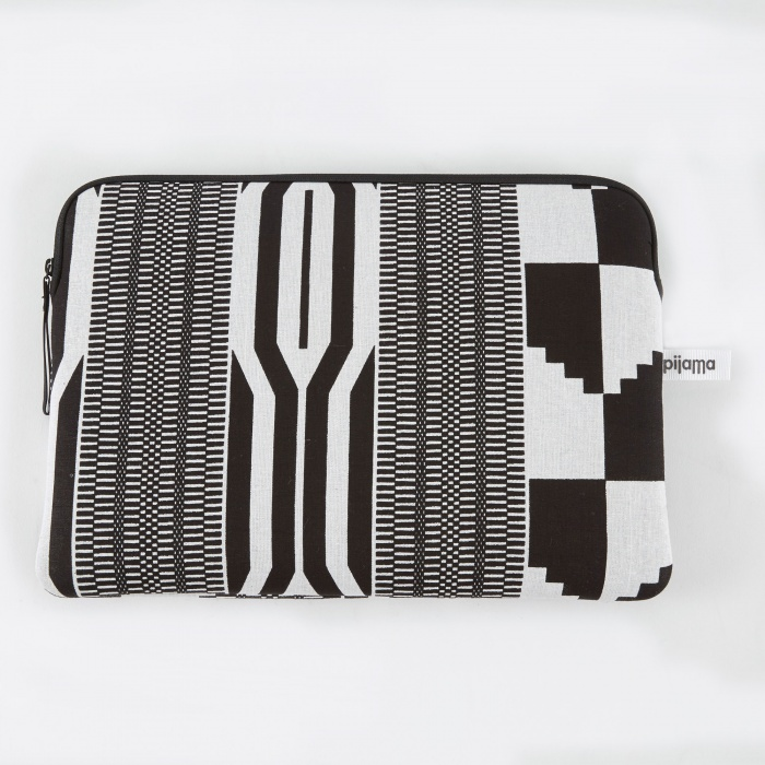 "Pijama Zip Case for Macbook 12"" & 13"" Pro - Wax Black (Image 1)"