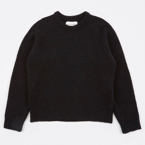 Base Roundneck Knit - Black Needled