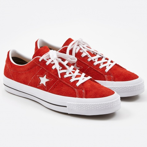 One Star Hairy Suede - Red