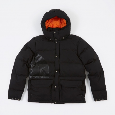 x The North Face W Name Jacket - Black
