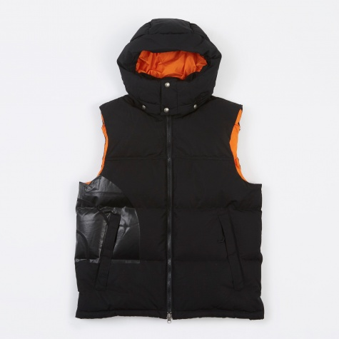 x The North Face W Name Vest - Black