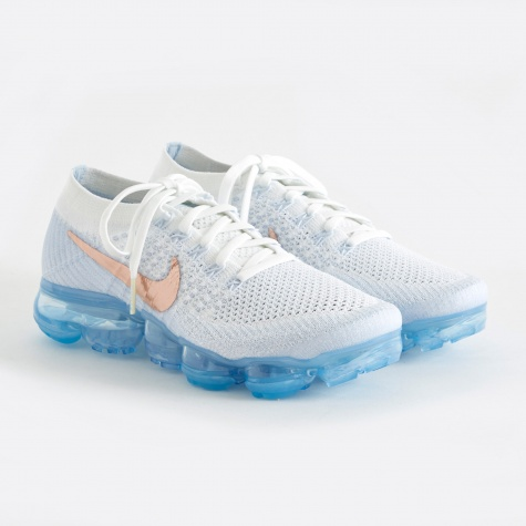 Women's Air Vapormax Flyknit Running Shoe - Summit White/MT
